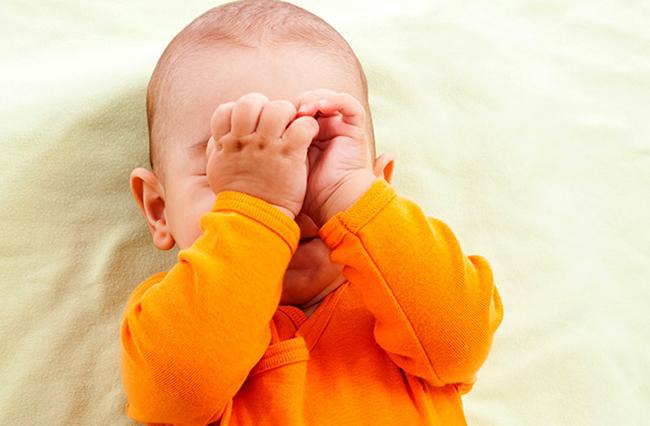 повезло: почему ребенок трет глазки Национального антикоррупционного бюро